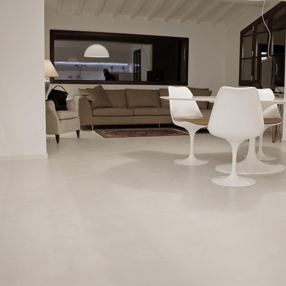 Pavimenti e rivestimenti residenziali in resina